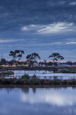 Munno Para wetland at night
